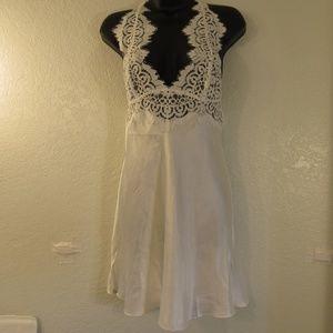 Victoria's Secret White Lace Night Gown Negligee
